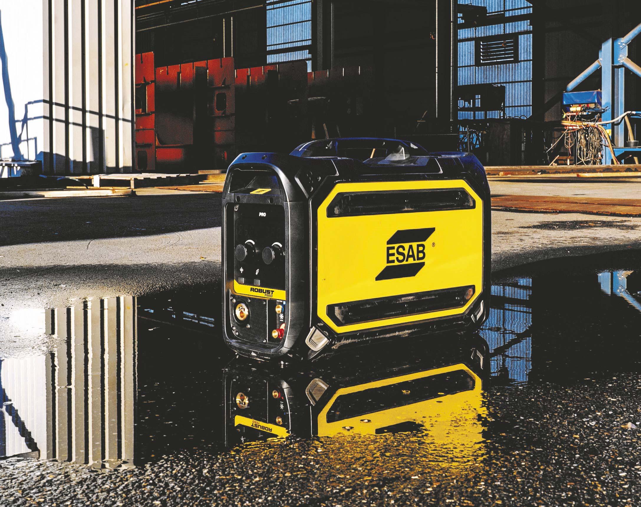 Esab tuo markkinoille ensimmäisen kannettavan erityiskestävän ip44-suojatun langansyöttölaitteen